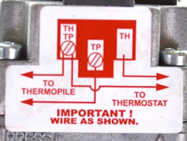 710-502 : Robertshaw Millivolt Dual Gas Valve, 1/2