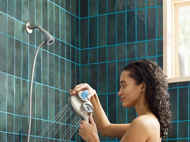 Photo 5 of IN208H2SRN : Moen INLY Aromatherapy Magnetix Handshower, Brushed Nickel